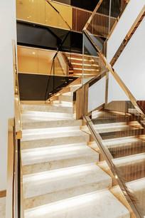 某别墅室内楼梯