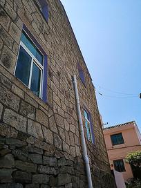 石墙外立面房屋建筑
