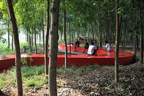 竹林曲线公共坐凳 JPG
