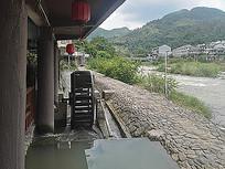 乡村河边小水车工具