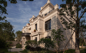 浅色欧式别墅建筑