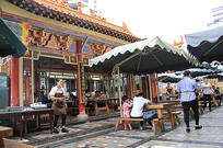传统建筑榫木结构屋檐装饰