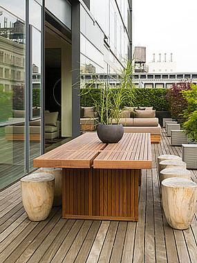 屋顶花园桌椅组合