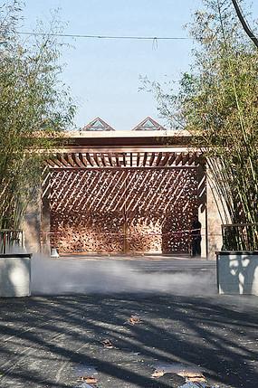 木质镂空景观墙