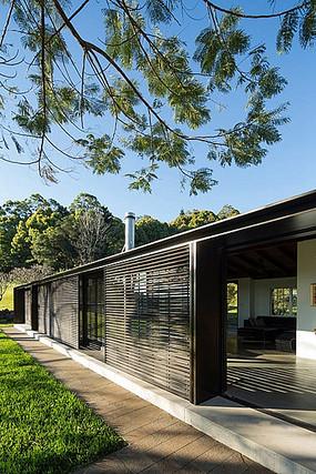 现代别墅建筑庭院