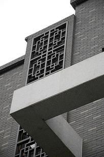 中式建筑外立面花窗装饰
