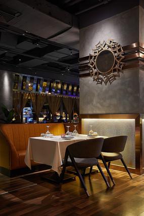奢华酒吧餐厅餐桌意向