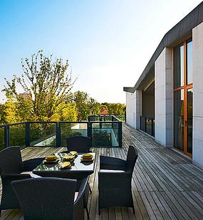 别墅建筑休闲木庭院