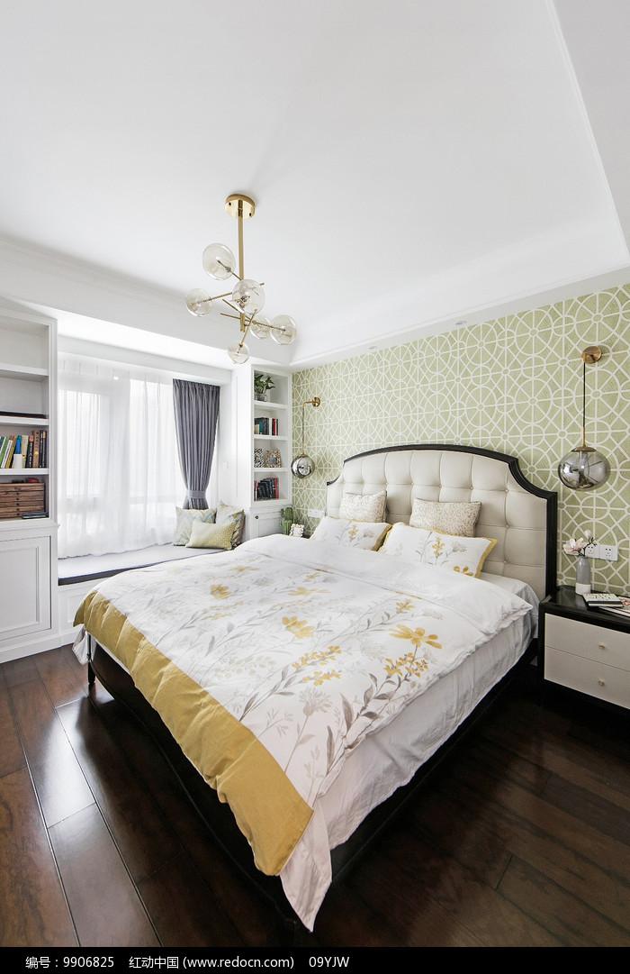 美式轻奢住宅卧室意向图片