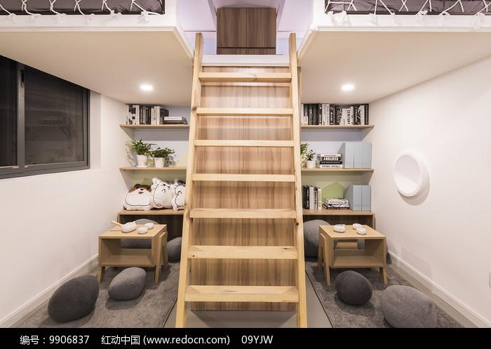 四胞胎之家楼梯意向图片