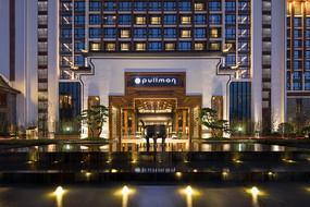 古典中式酒店酒店入口水景