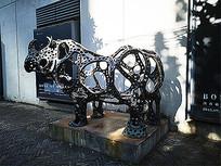 犀牛铁艺雕塑小品景观