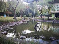 池塘水池垂钓人物雕塑景观