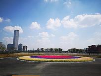 广场中心花坛景观 JPG