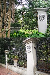 铁艺花纹围墙围栏