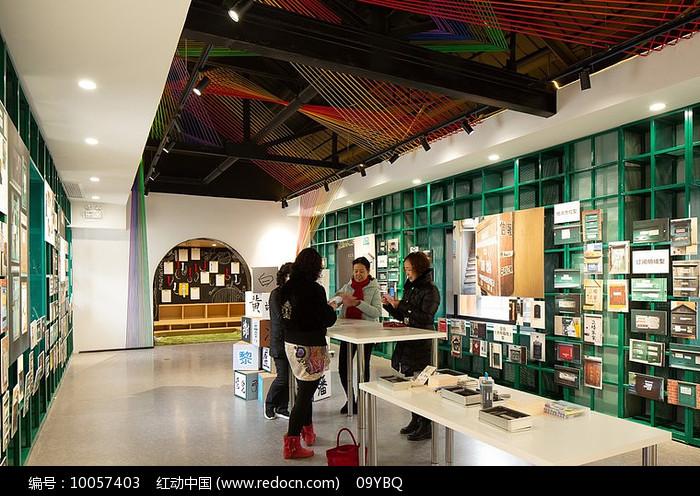 现代特色展厅设计图片