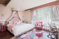 粉白色元素女儿房意向 JPG