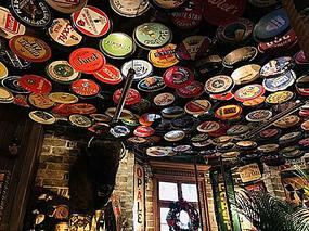 酒吧啤酒盖室内装饰