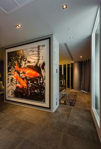 现代工业风格的锦鲤壁画