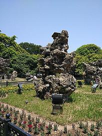 巨石景观花坛