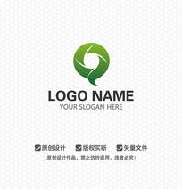 Q字母简约时尚LOGO设计