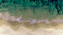 沙滩海浪鸟瞰航拍视频素材