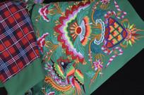 湖南少数民族传统服装特