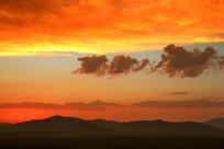 乌兰布统草原火烧云美景