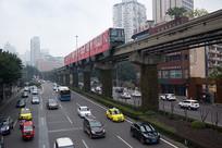 重庆轻轨和道路交通
