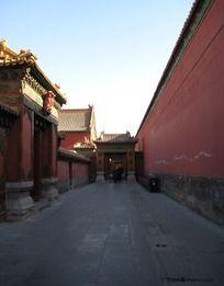 故宫的墙与巷子