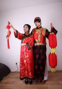 古代节日人物 打灯笼 拿中国结