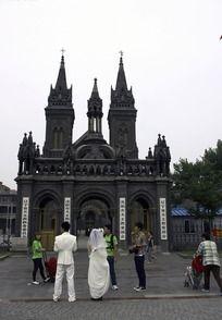天主教堂正门
