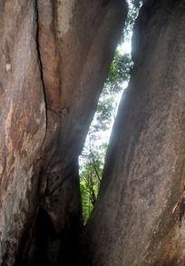 太姥山一线天岩缝