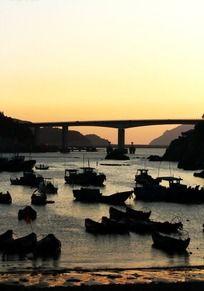 夕阳下的港湾洞头