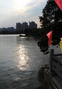 美丽的南塘河畔