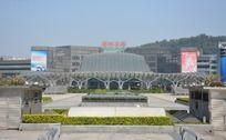 广州火车东站广场