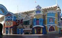 大连发现王国游乐场卡通城堡