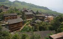 依山而建的特色民居