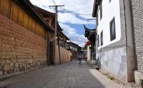 干净的古城街道