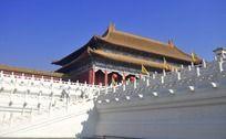 蓝天下的故宫建筑
