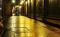 周庄夜晚安静的街道
