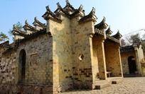 高迁古民居内小卖部徽派建筑整体马头墙风格