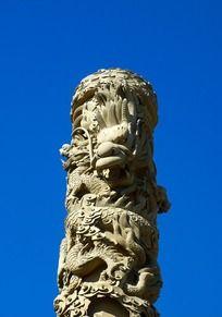 龙柱立体雕刻