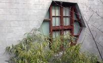 古典窗台与竹子