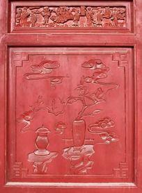 门上花形雕刻