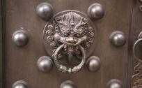 狮子铜门扣