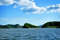 蓝天白云湖光山色