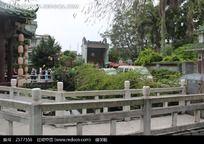 黄埔古港中的古典建筑