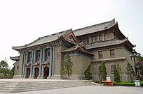 河南大学大礼堂侧拍