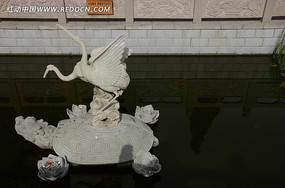 鹤与乌龟石雕
